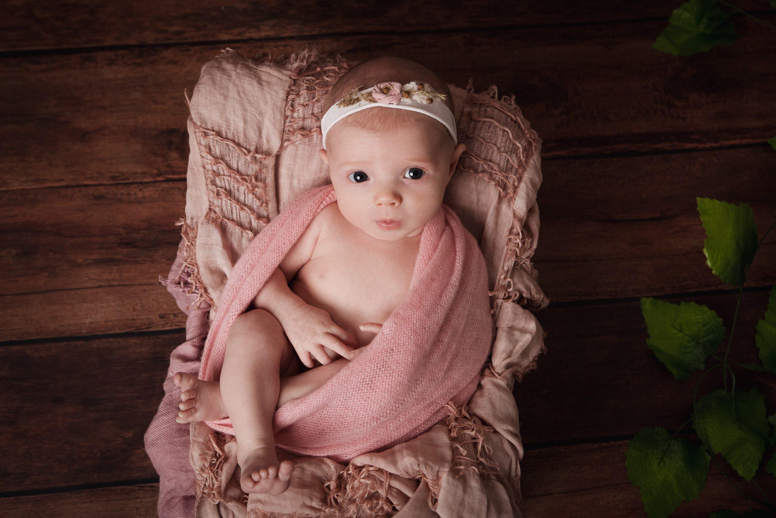 newborn photography Prague